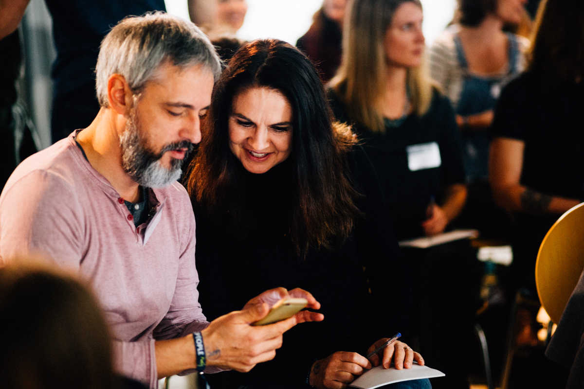 Das AwesomePeopleConference Finale in Berlin Biz Life Story Reportage Business Event Fotograf Awesome People Conference Berlin Inka Englisch Photography Storytelling Unternehmer Coach Speaker Kassel